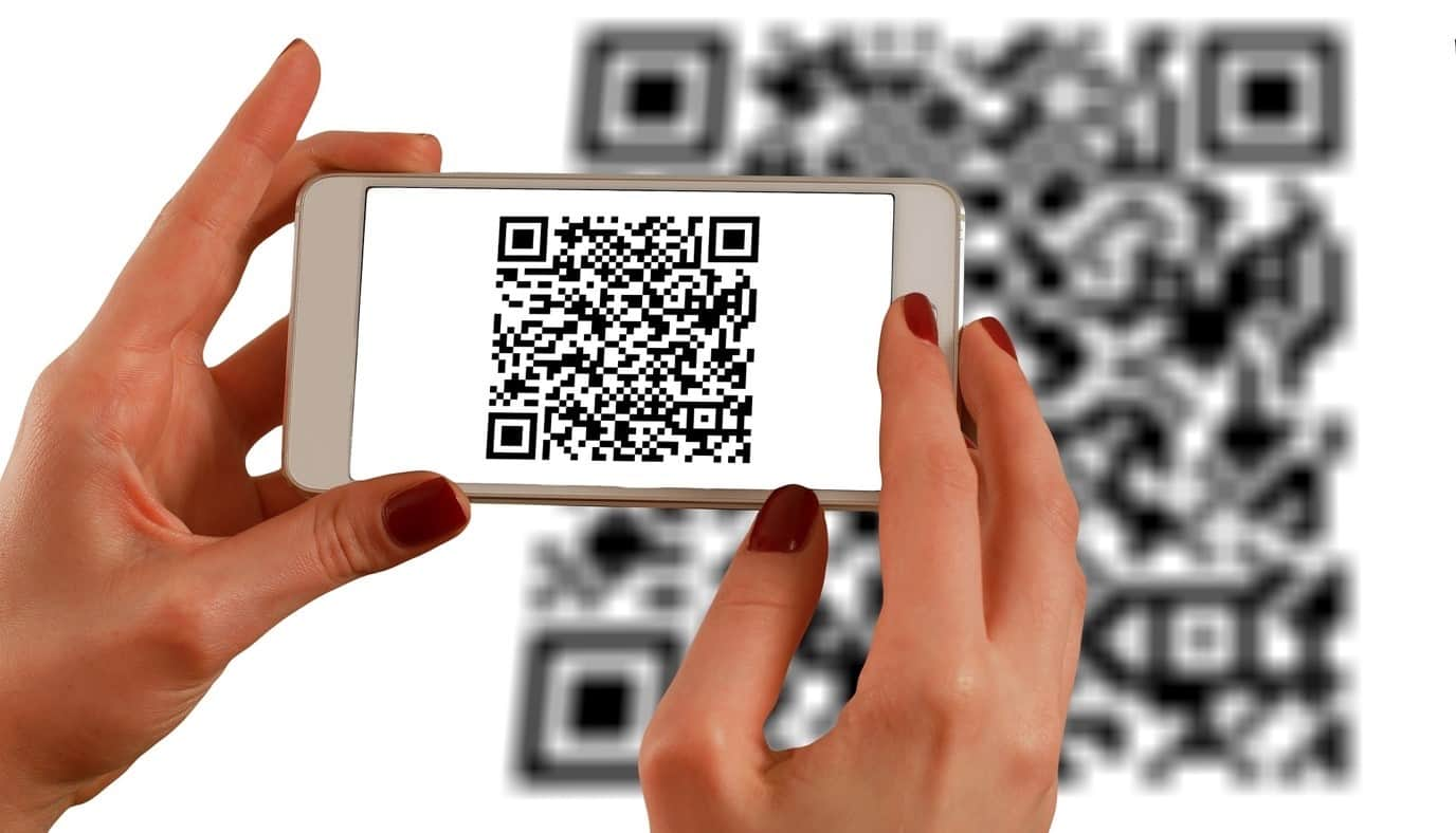 content/pt-br/images/repository/isc/2020/9910/a-guide-to-qr-codes-and-how-to-scan-qr-codes-1.jpg