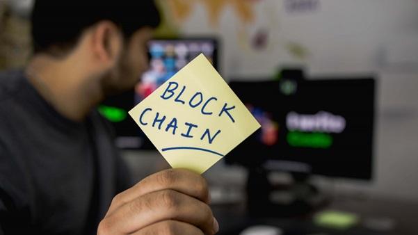 Riscos e perigos da criminosos cibernéticos e malwares